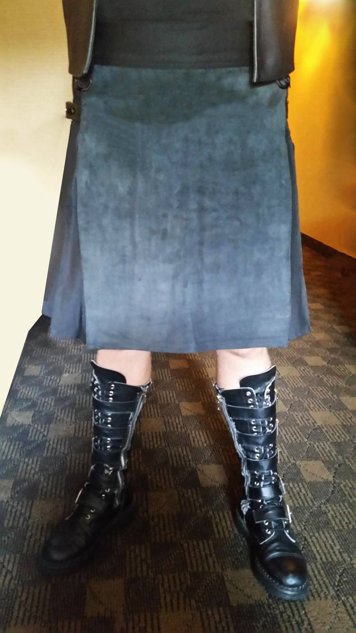 kilt, black kilt, duck cloth kilt, cotton kilt, leather kilt, mens kilt, adjustable kilt