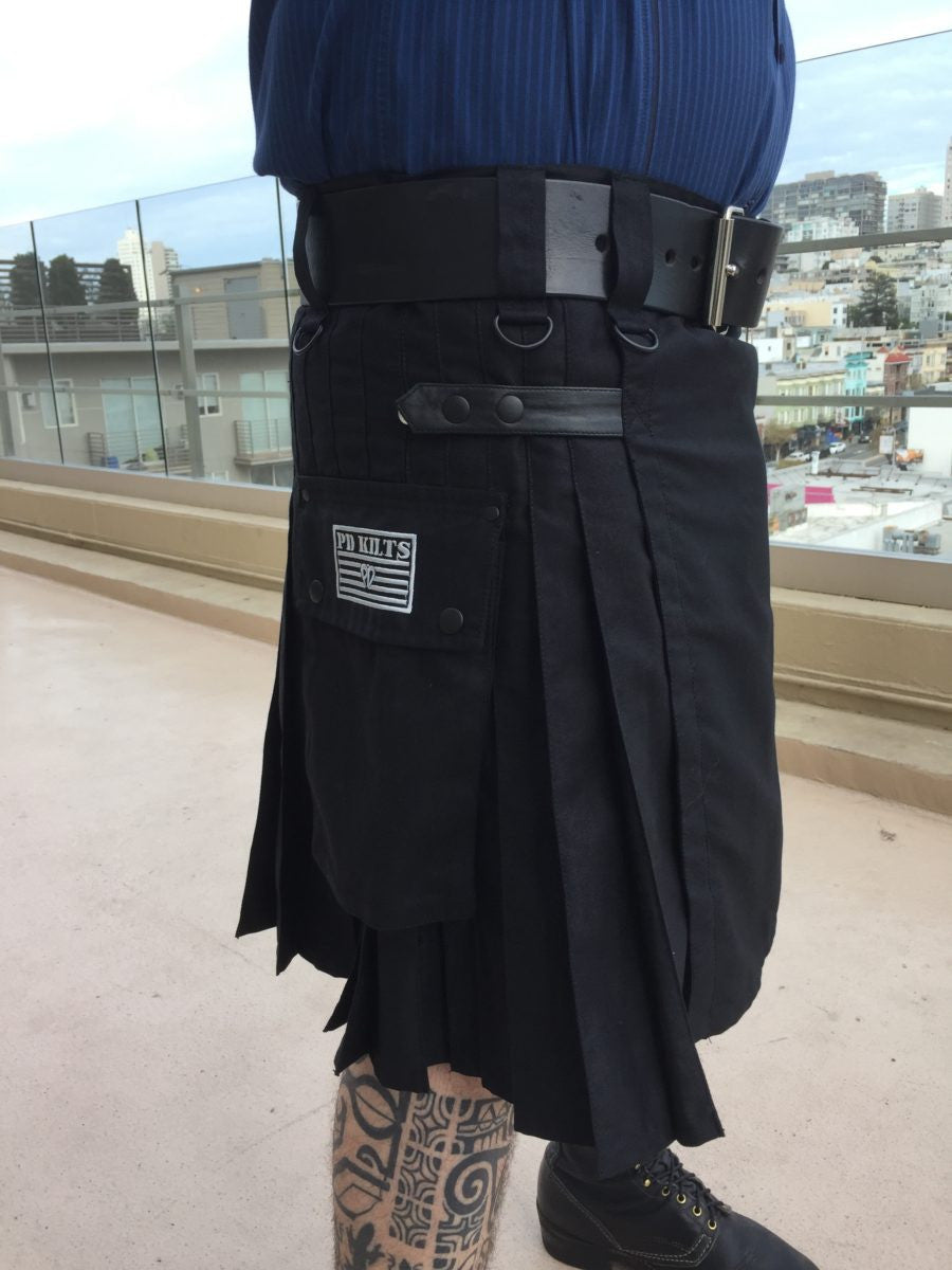 kilt, black kilt, cotton kilt, mens kilt, adjustable kilt, utility kilt