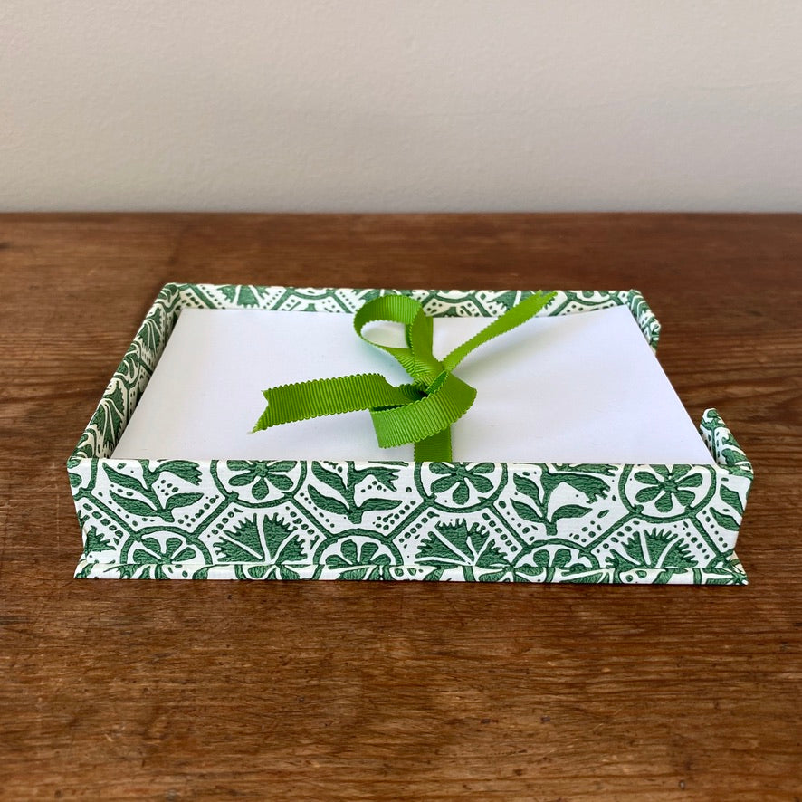 Notepad Holder - Green & White Flowers