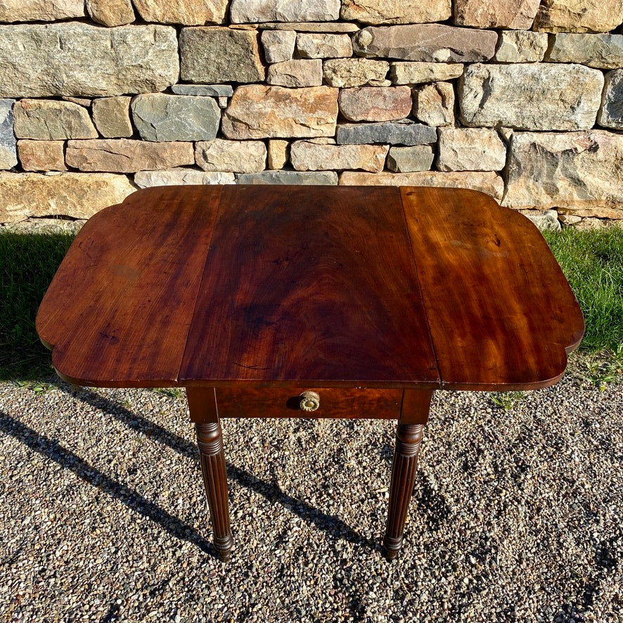 New England Mahogany Drop Leaf Table