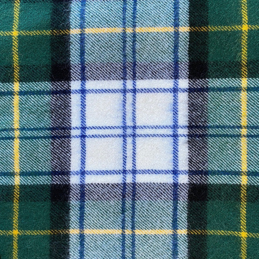 Scottish Tartan Lambswool Throw - Gordon Dress Modern