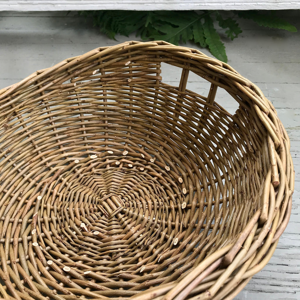 Scottish Round Willow Fruit Basket with Finger Holes