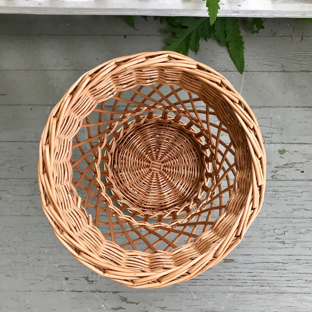 Scottish Curved Fitched Willow Waste Basket