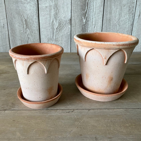 Danish Elizabeth Pots & Saucers in Rosa Terracotta