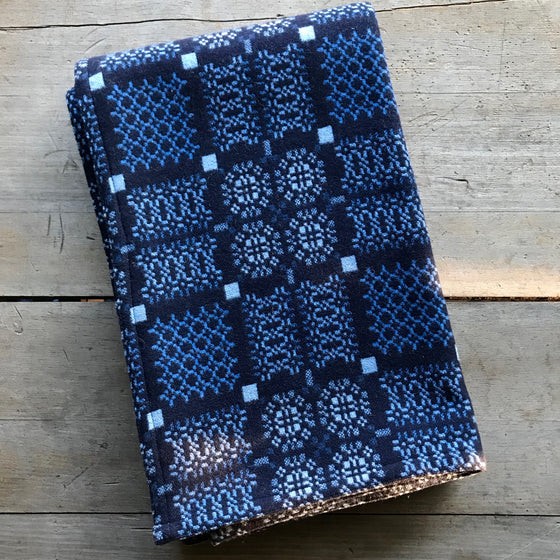 Knot Garden Welsh Throw in Indigo
