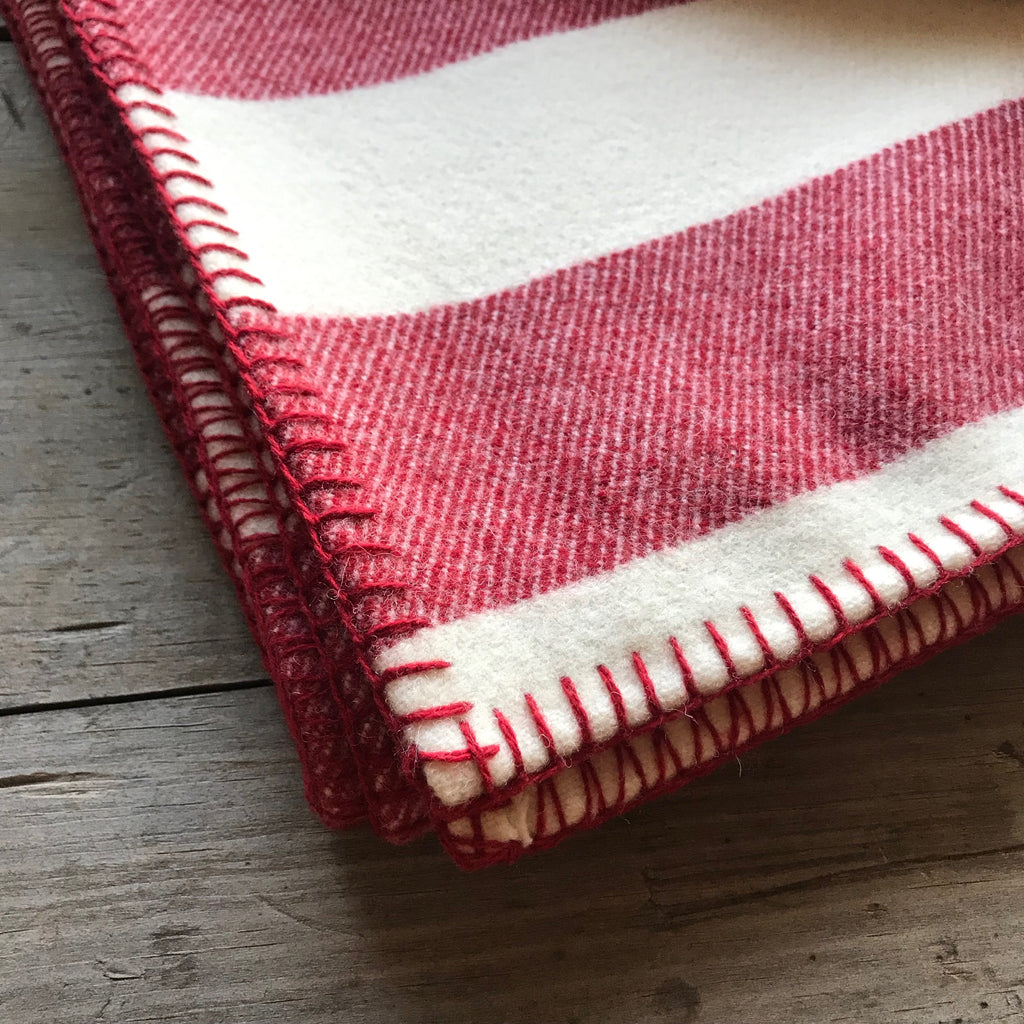 Broadstripe Welsh Throw in Red