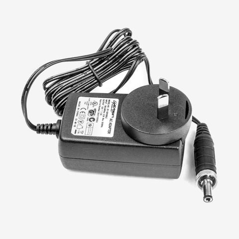Battery Charger LiFePO4 100-240V AC Lightforce