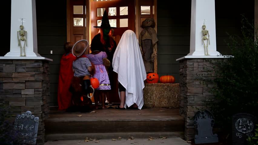 Ultimate List of Awesome Halloween Costume Ideas for your Family-Home Euphoria