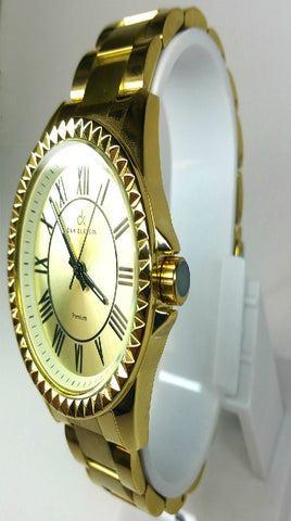 Analog Golden Case Watch - Gold