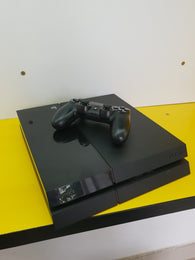 Play Station 4 Slim ,  1 controller. - Cashbox Baia Mare