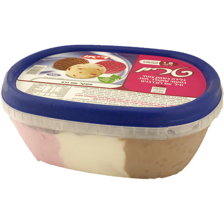 Rio 3 Flavours Dairy Ice Cream Chocolate, Vanilla With Cherry, Strawberry 1.8L