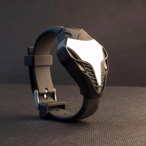 The Abyss Watch | www.TechUnder10.com