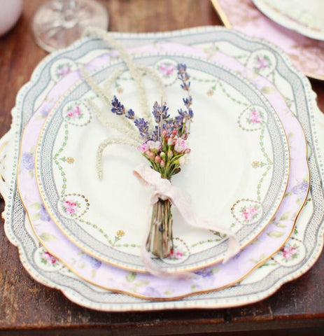 Mismatched China for Vintage Wedding - Photo by CREATIX PHOTOGRAPHY