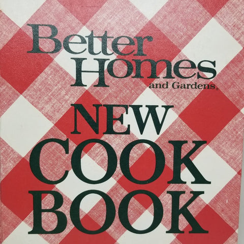 Vintage Better Homes and Gardens New Cookbook c. 1974