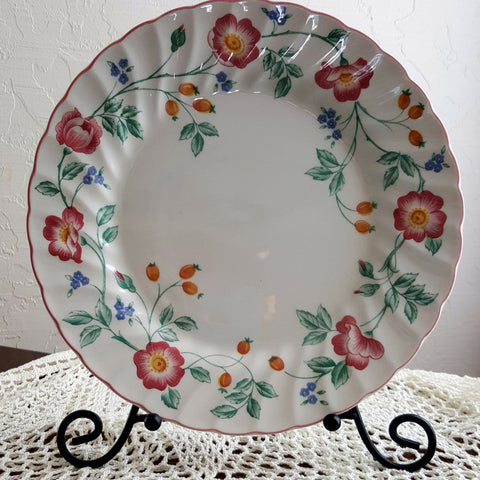 Vintage English Tableware, Briar Rose Dinner Plate 10""