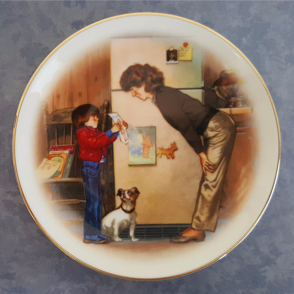"Mother's Day Plate 1985, Vintage Collectible Avon Plate, ""Special Memories""  c. 1985"