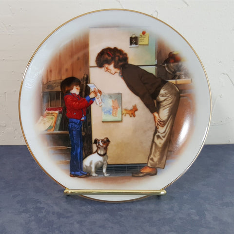 "Vintage Avon Collectible Mother's Day Plate, ""Special Memories""  c. 1985 - 2aEmporium"