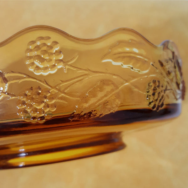 Vintage Glass Amber Bowl with Scalloped Rim - 2aEmporium