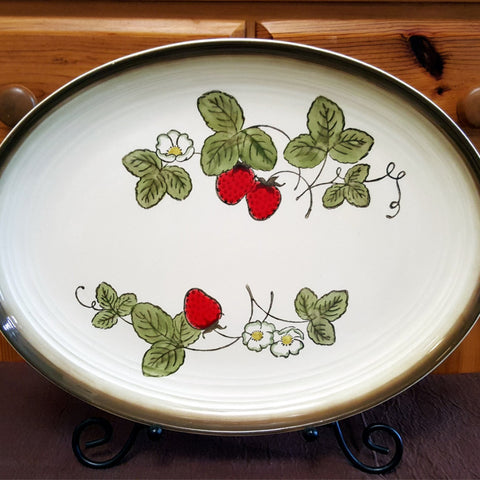 Oval Strawberry Platter, Poppytrail Pottery by Metlox, Made in California, Vintage 1960's, Country, Farmhouse, Off white, Red, Green, Brown - 2aEmporium
