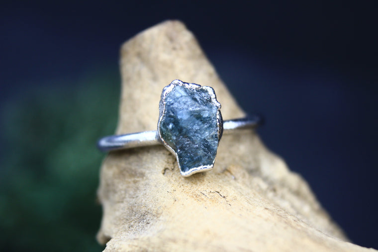 Aquamarine Ring in Rhodium