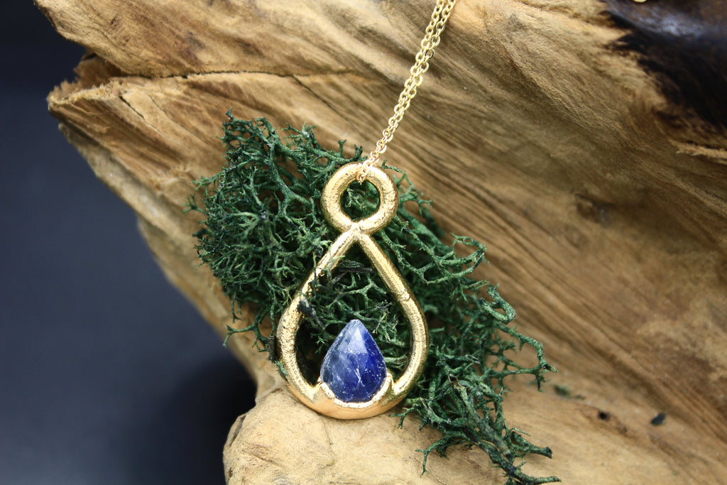 Blue Sapphire Teardrop Necklace in Yellow Gold