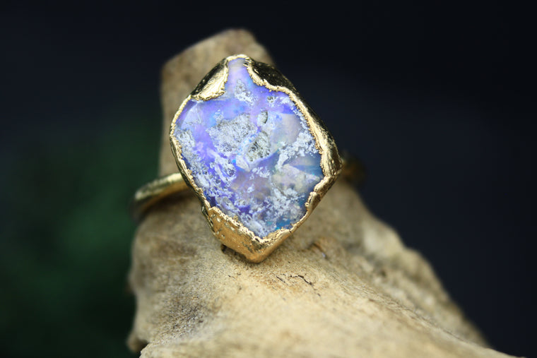 Australian Opal Ring in Yellow Gold I
