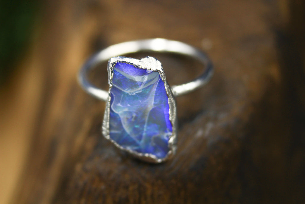 Flashy Australian Opal Ring in Rhodium