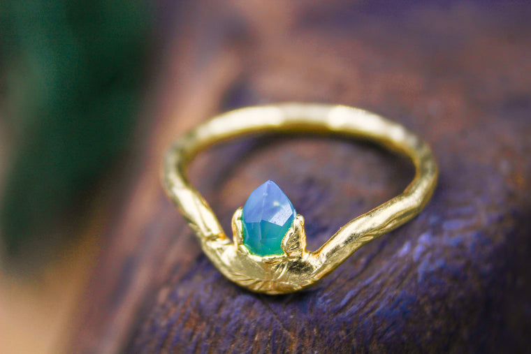 The Assassin's Shield Emerald Ring in Yellow Gold