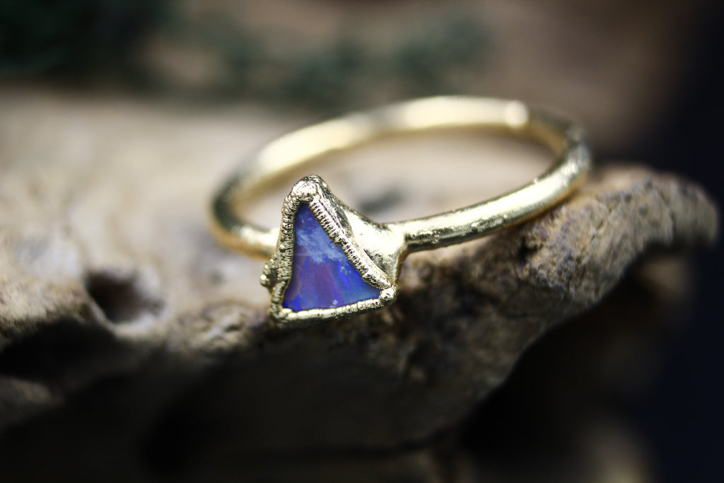 Red & Blue Flashy Mini Opal Ring in 24k Yellow Gold