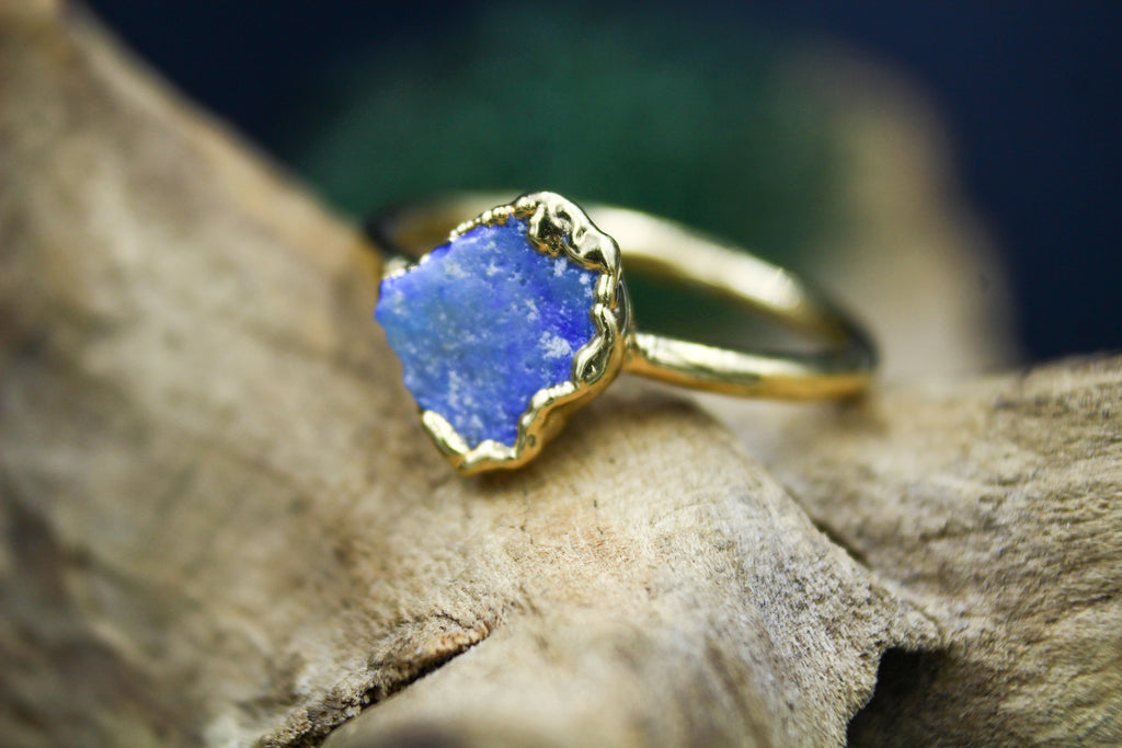 Australian Opal Ring in Yellow Gold