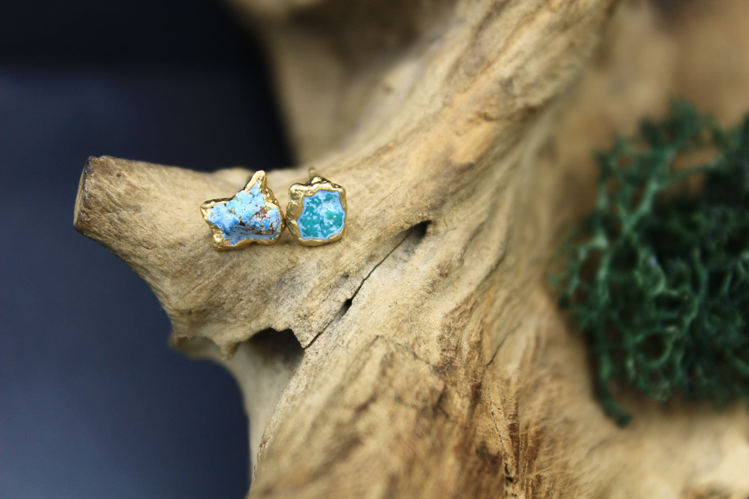 Turquoise Post Earrings in Yellow Gold