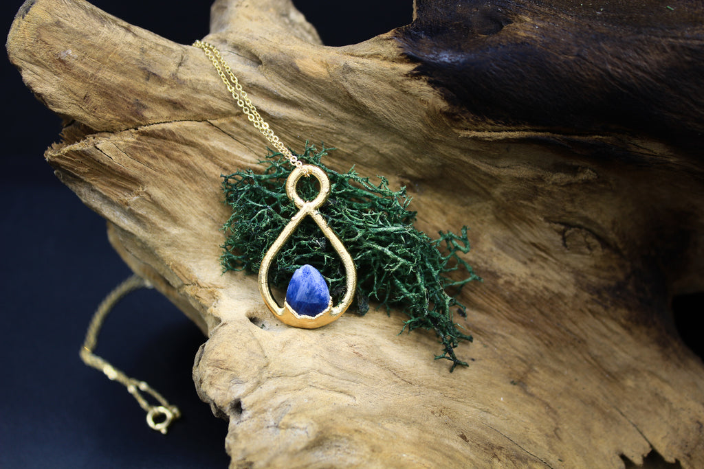 Blue Sapphire Teardrop Necklace With Small Chip in Yellow Gold