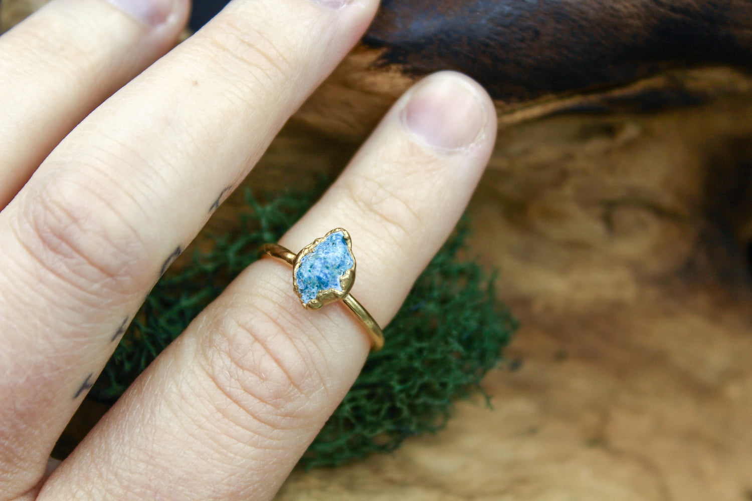 Blue Turquoise Ring in Yellow Gold