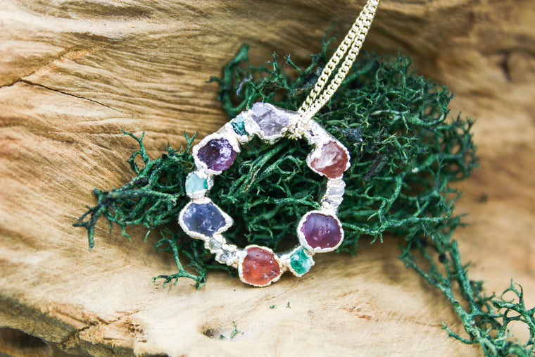 Multistone Emerald and Spinel Circle Necklace in Silver