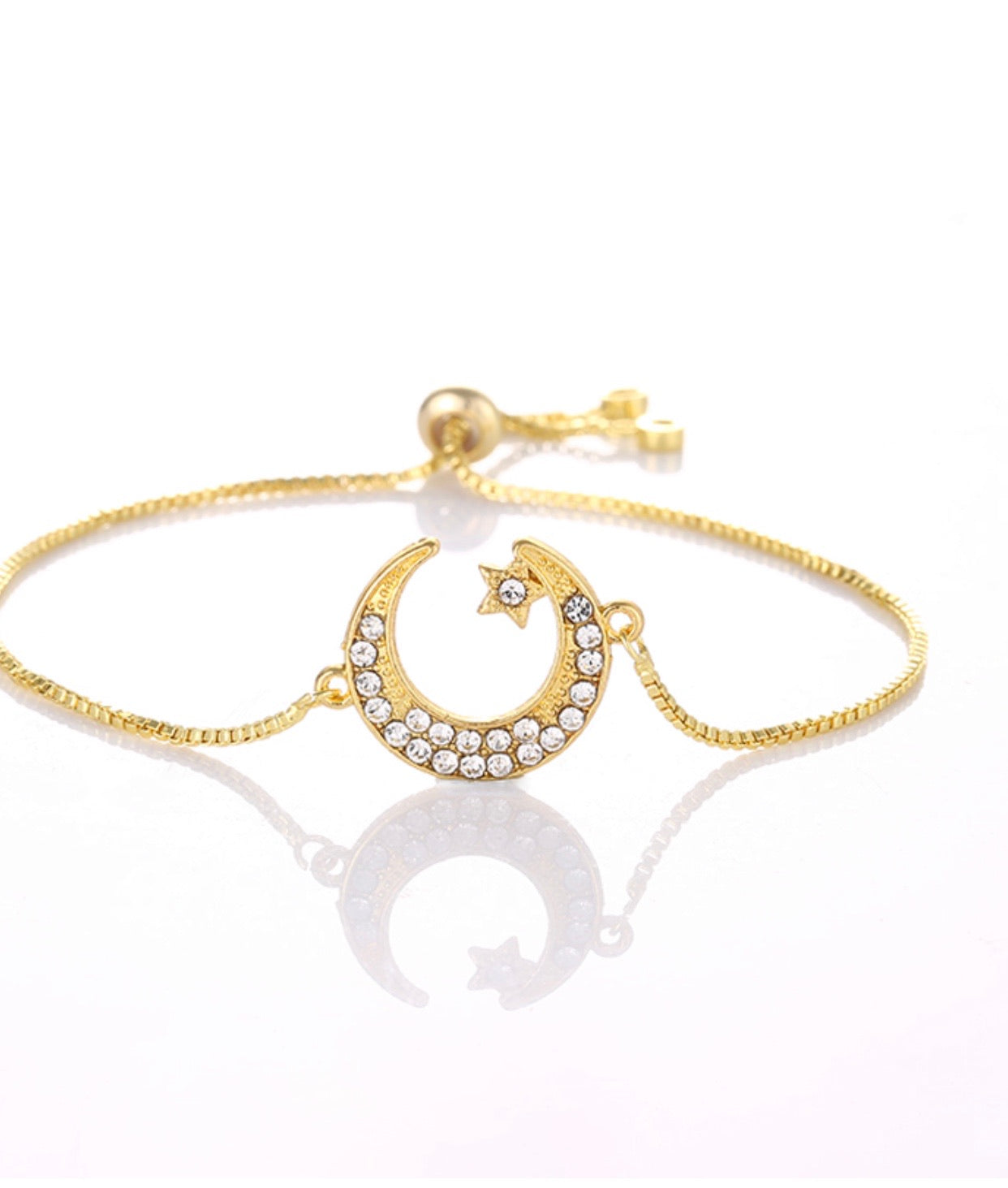 Gorgeous bracelet crescent moon