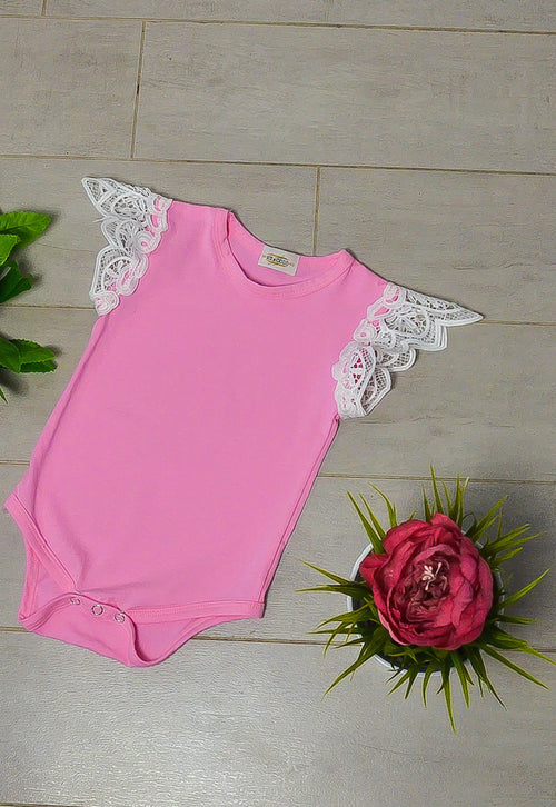 This sleeveless romper in light pink with beautiful lace wing cap perfect for your baby and toddler.