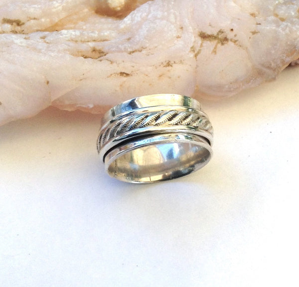 Silver Spinner Ring, Unique Wedding Rings - Desert Shine Designs