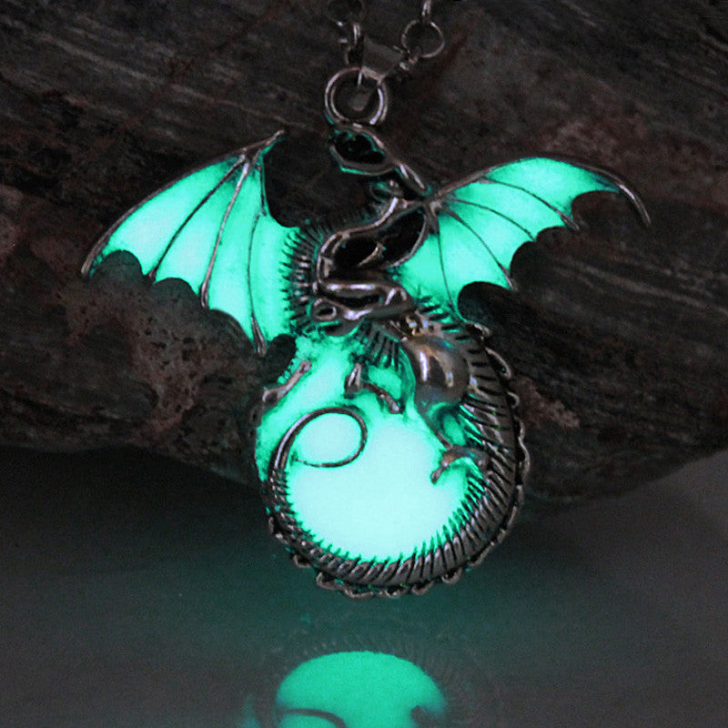 Game of Thrones Glow-in-the-Dark Dragon Pendant Necklace - Shopichic
