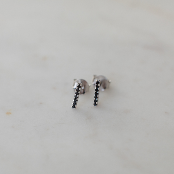 SPARKLE BAR STUDS BLACK - SILVER