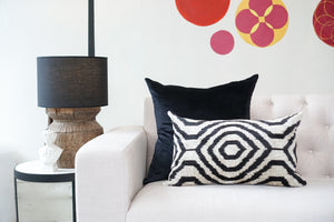 Silk Velvet Cushion | Illusions | B&W