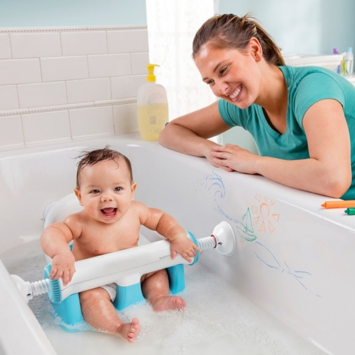 How Can I Get My Baby to Like Baths?