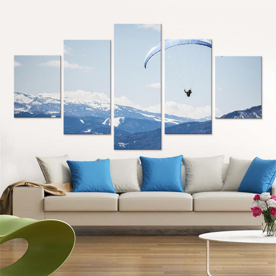 Paragliding among Mountains Canvas Set