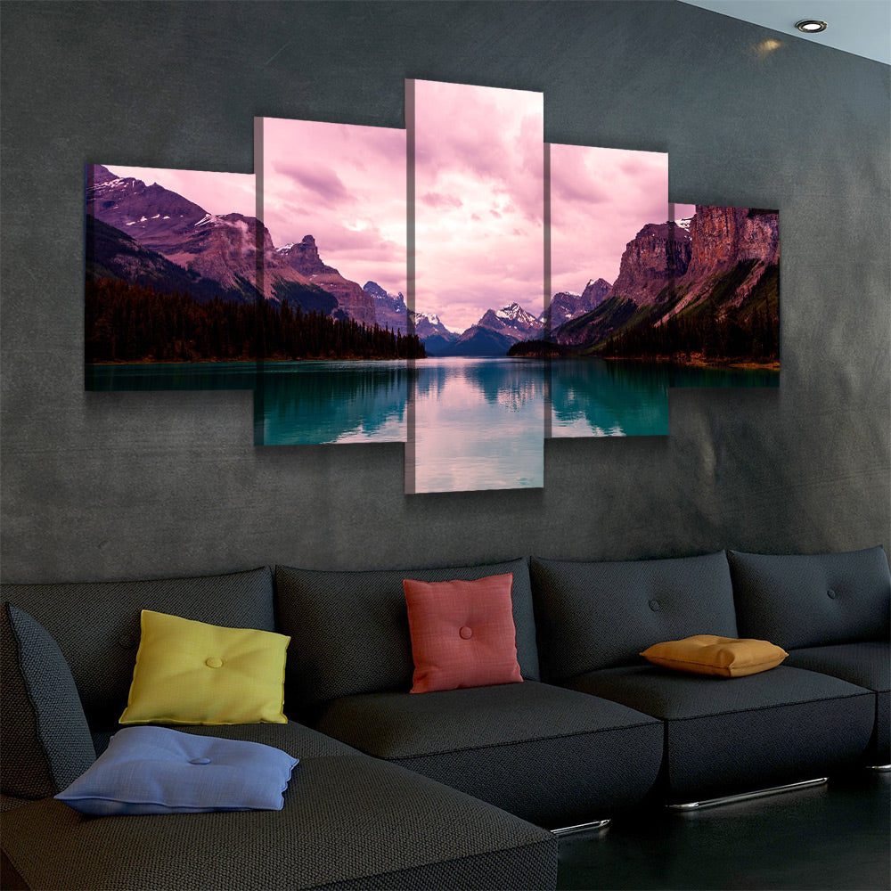 Point Perspective Canvas Set