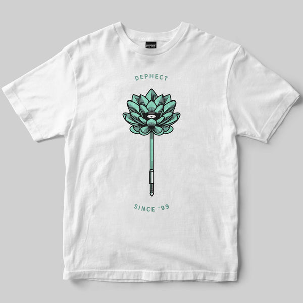 Lotus T-Shirt / White / by Heeey!