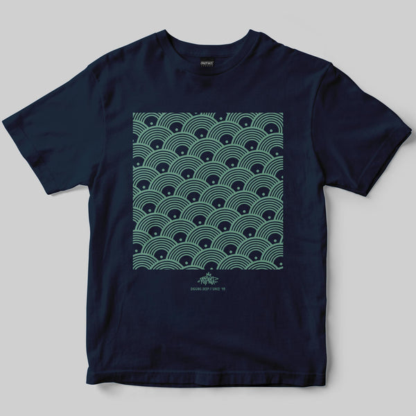 Repeat T-Shirt / Navy / by Keshone