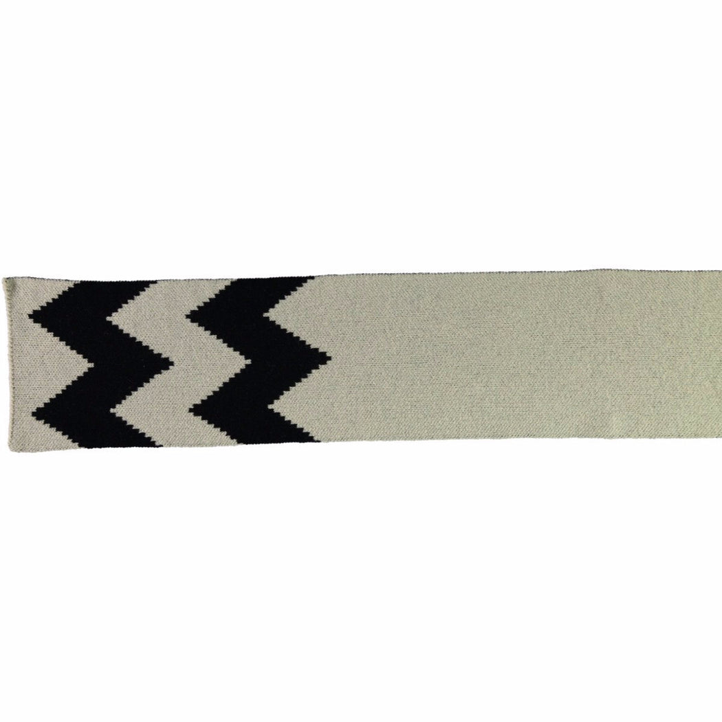 Wonderers white and black Zig Zag Jacquard scarf in Lambswool flat