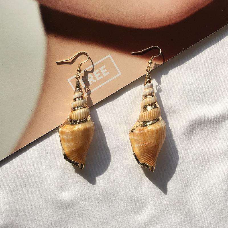 Tulip Shell Drop Earrings