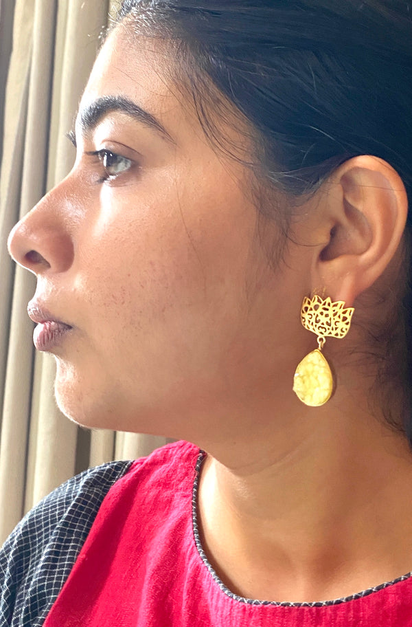 Jali Lotus With Druzy Drop: Yellow