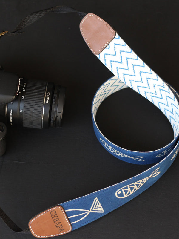 CAMERA BELT WITH FISHIES