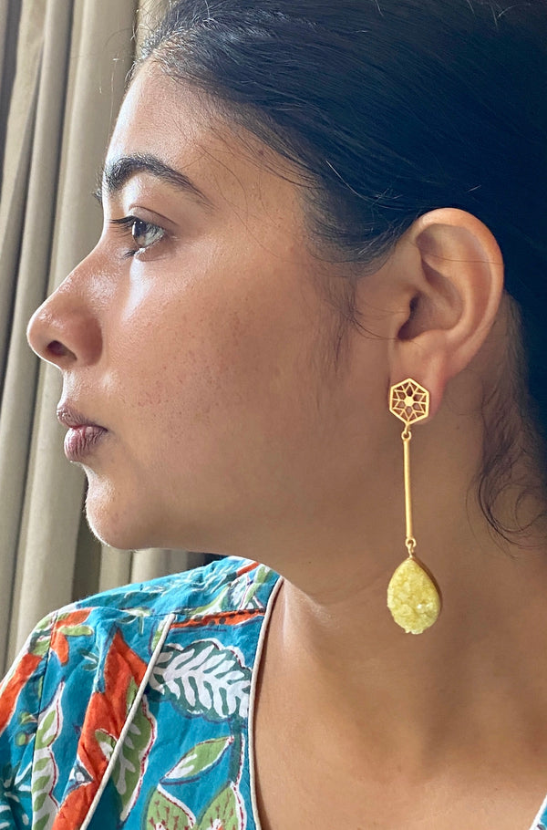 Jali Stud With Stick And Drop Druzy: Yellow